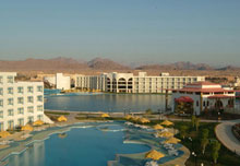 Raouf Hotels International moon