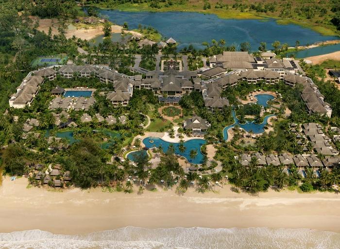 Le Meridien Khao Lak Beach
