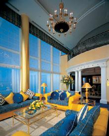 Comfort inn оаэ дубай 280 000 в долларах