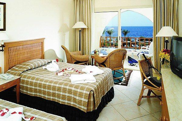 Отель расположен в курортном центре шарм эль-шэйх, в районе рас ум-эль-сид, в 15 км от аэропорта радио ванна/душ